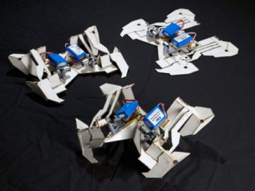 Sorting Toward Oneself Out Origami Robot Unfolds Itself… Furthermore Strolls
